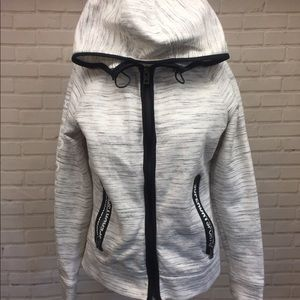 Superdry sport zip up jacket hoodie small